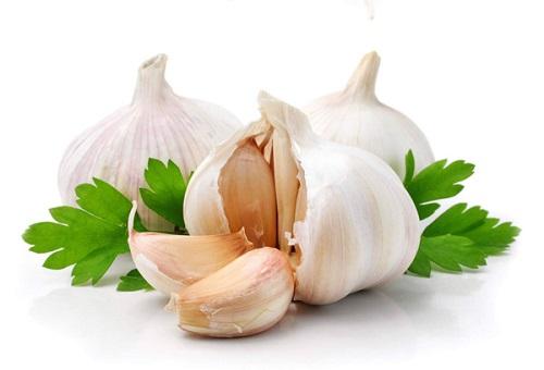 Домашна рецепта, която лекува рак с чесън и люти чушки или джинджифил.