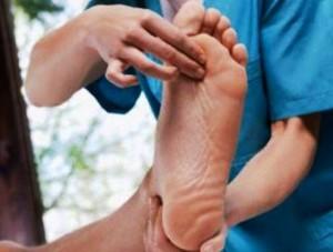 При болки в краката и шипове по стъпалата и петата изпробвайте тези много ефикасни и изпитани бабини рецепти