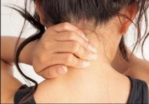 Една лесна домашна рецепта против шипове ще ви помогне за тяхното лечение