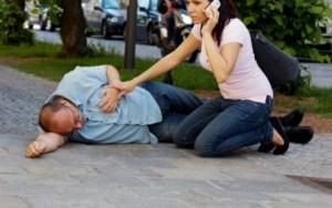 При анафилактичен шок е важно да се даде първа помощ както при инфаркт и други опасни състояния