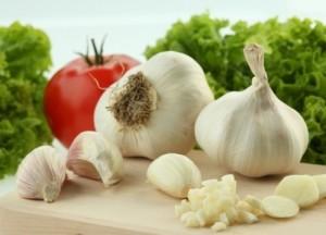 Чесънът е полезен за много болести и състояния, също и за хемороиди