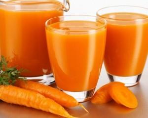 Сокът от моркови и от други зеленчуци и плодове е полезен при висок холестерол